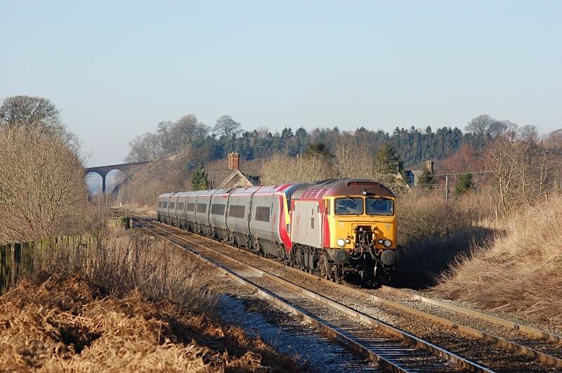 29.1.06 57304 7 390043 1A54 11.53 Carlisle - Euston, Newbiggin - Newbiggin Station