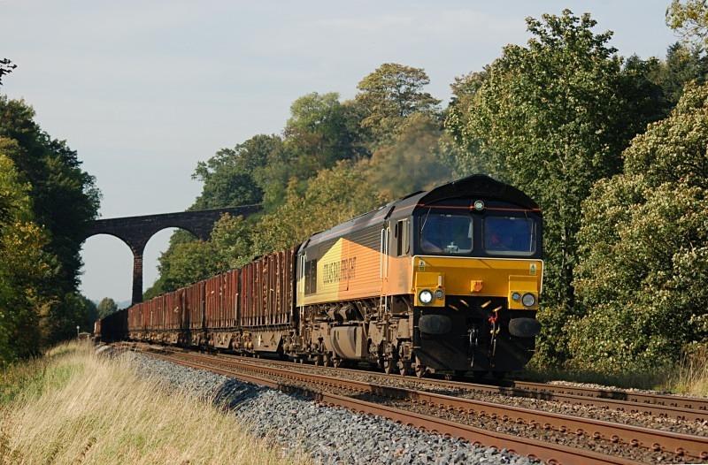 30.9.11 - 66848 6J37 Carlisle - Chirk, Newbiggin - Newbiggin