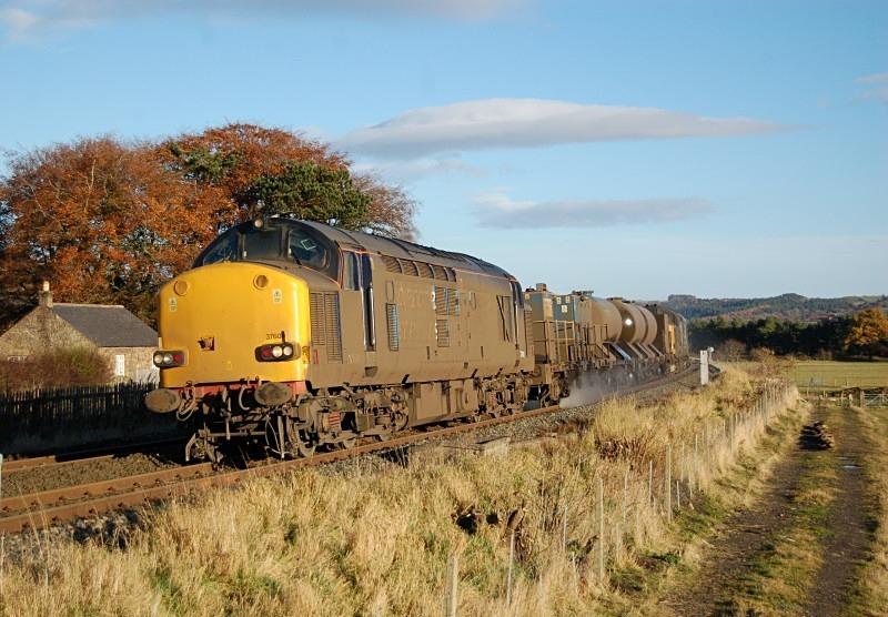 10.11.12 - 37609 & 37688 3S77 Nunthorpe - Carlisle, Lipwood Well - Tyne Valley