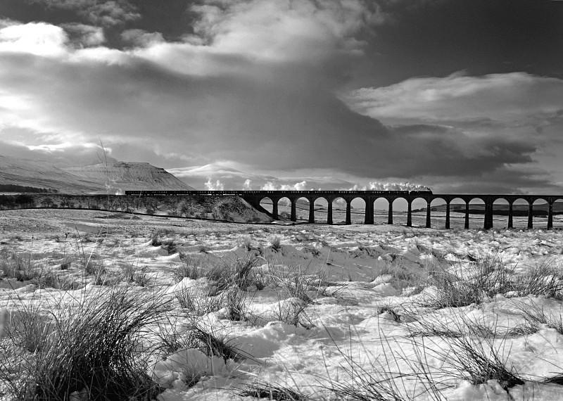 Tom Pickles - 7.2.09 LMS 7P No. 46115 'Scots Gaurdsman' CME, R'head - Ribblehead Viaduct