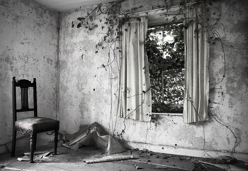 Invasion - Window light