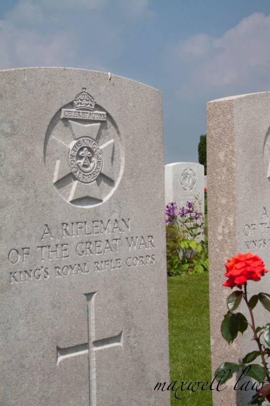 Allied grave in the Somme - Travels