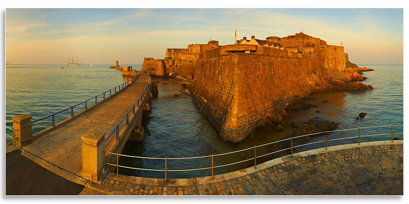 05081375 - Castle Cornet Panoramic - Guernsey Landscapes - Panoramic