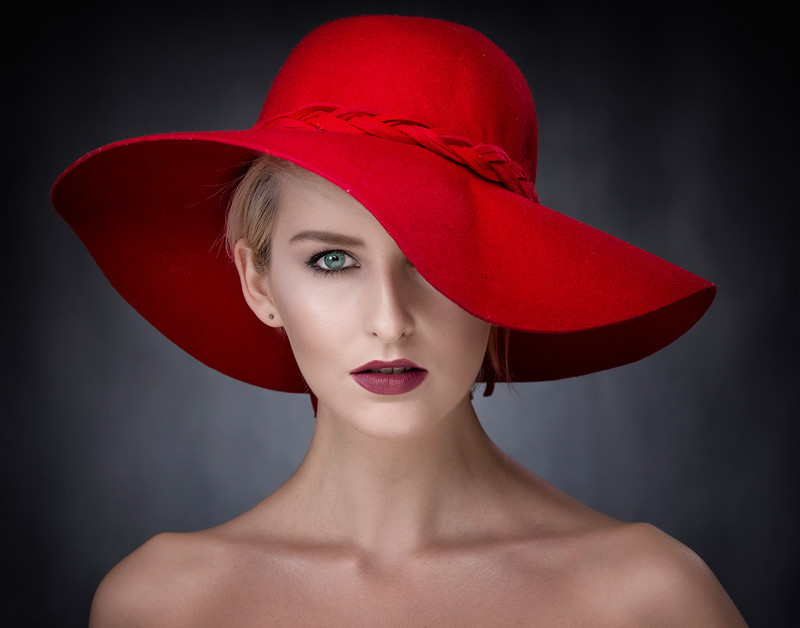 The Red Hat - COLOUR