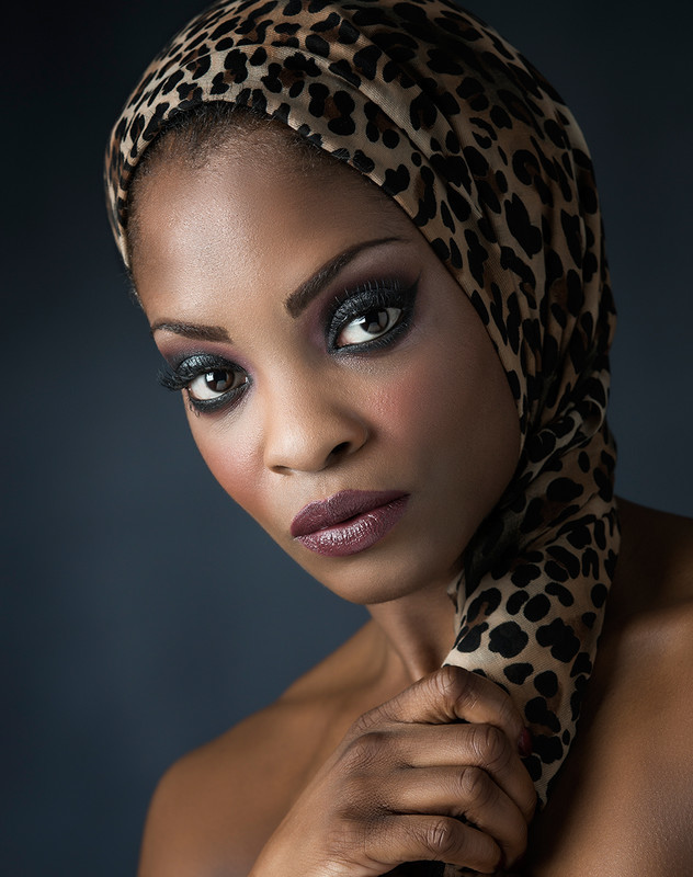 African Queen - COLOUR