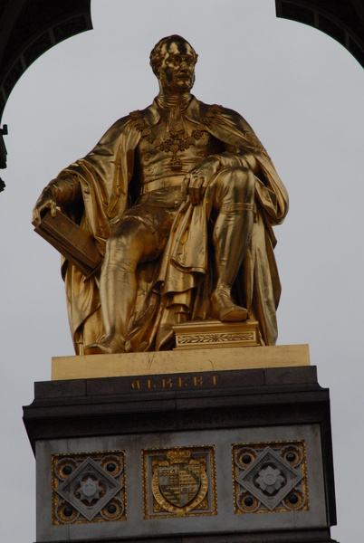 Close-up View of the Albert Memorial - Royal London Tour