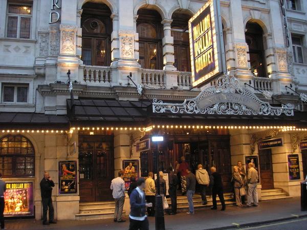 Noel Coward Theatre - Royal London Tour