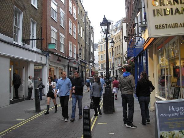 London Shoppers - Royal London Tour