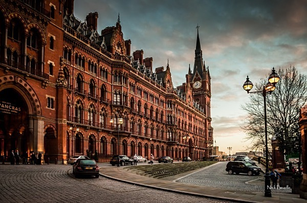 St. Pancras Renaissance Hotel - Views of London