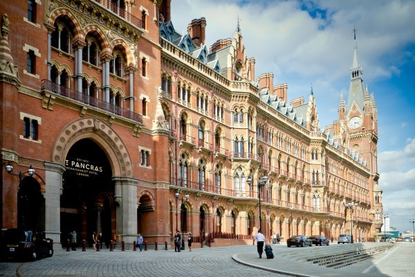 Renaissance St. Pancras Hotel - Views of London
