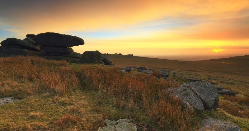 Roos Tor Sunset