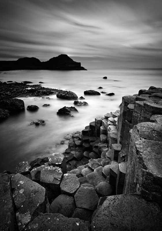 Giants Causeway Mono - Black & White