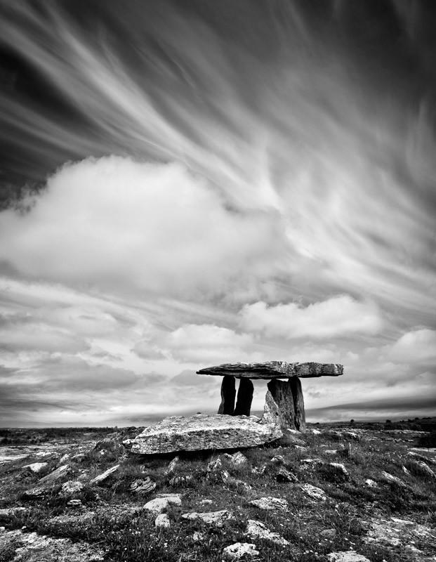 Poulnabroune Dolmen - Black & White