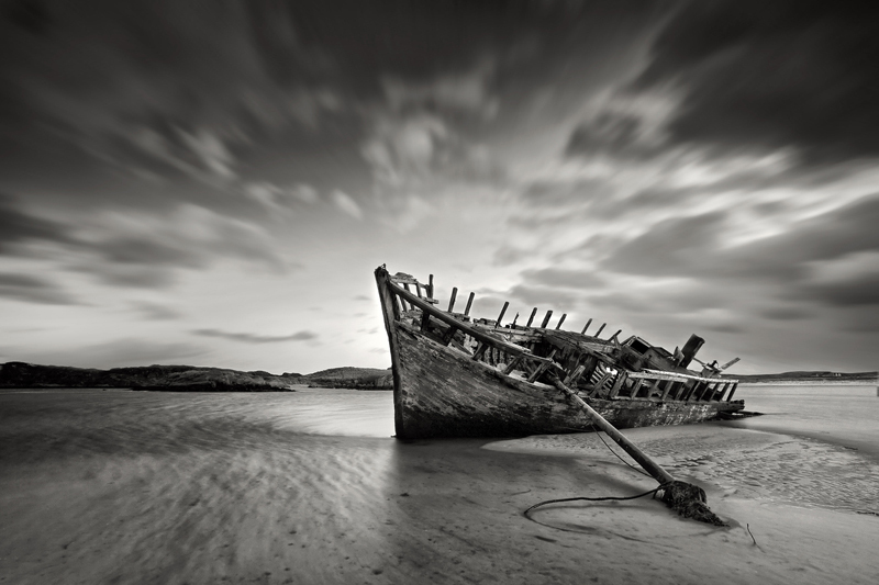 Wreck - Black & White