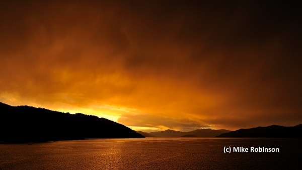 Sunset frm ferry_10_Queen Charlotte - South Island, New Zealand