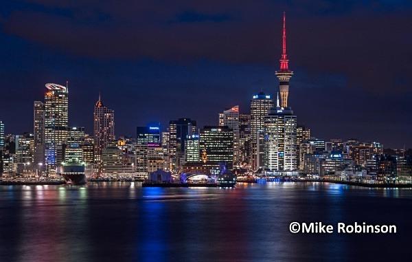 Auckland skyline_5 evening - North Island, New Zealand