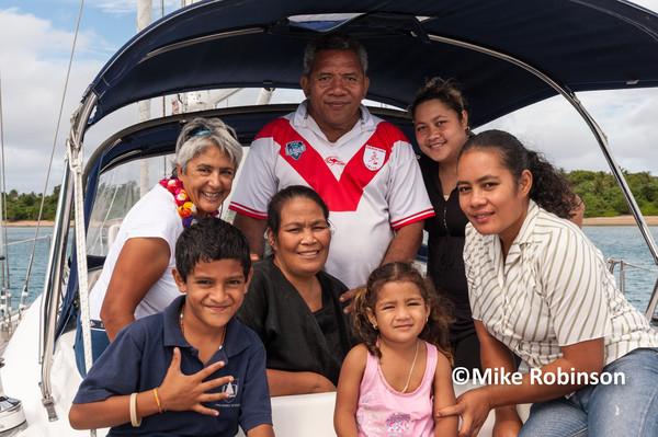 PitaKauniata _16_on SeaRover - Pacific Memories