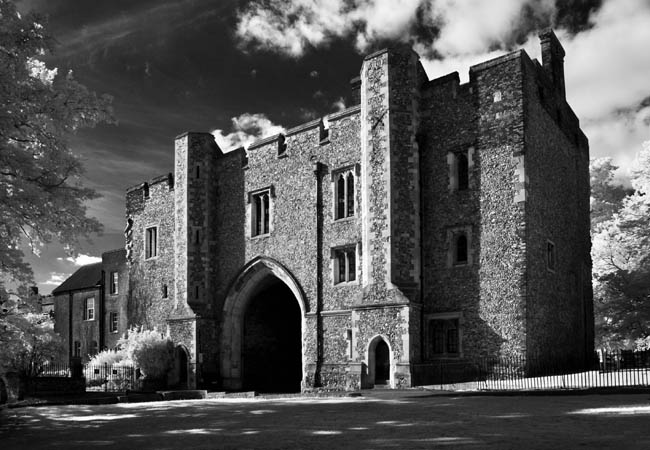 St Albans Abbey Gatehouse and Early English Printing