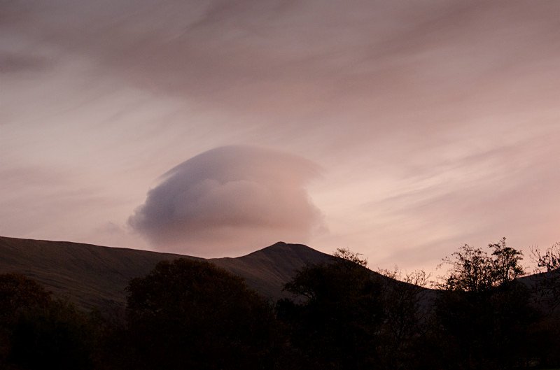 Lenticular Cloud - Clouds