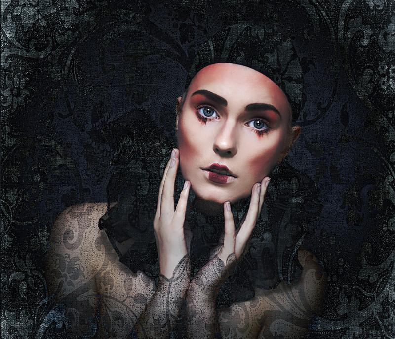 Mannequin - PHOTOSHOP CREATIONS