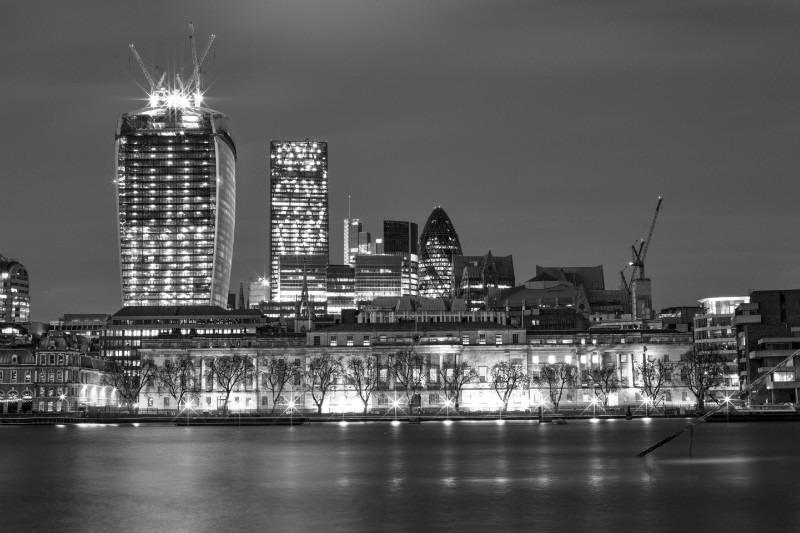 London Glow mono. - London