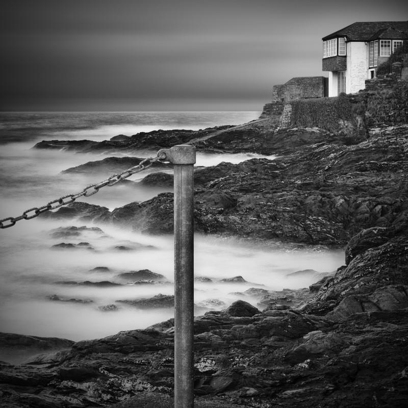 Shads Of Grey  . - Square minimal black & white .