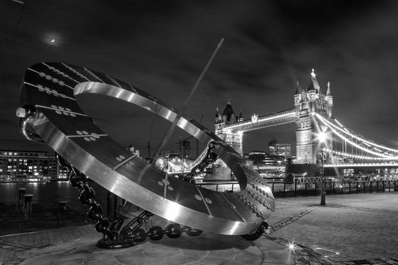 Dazzling/ - London