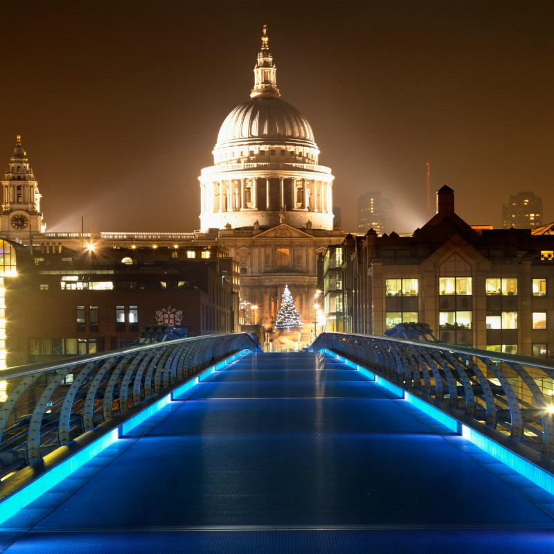 Peace On Earth. - London