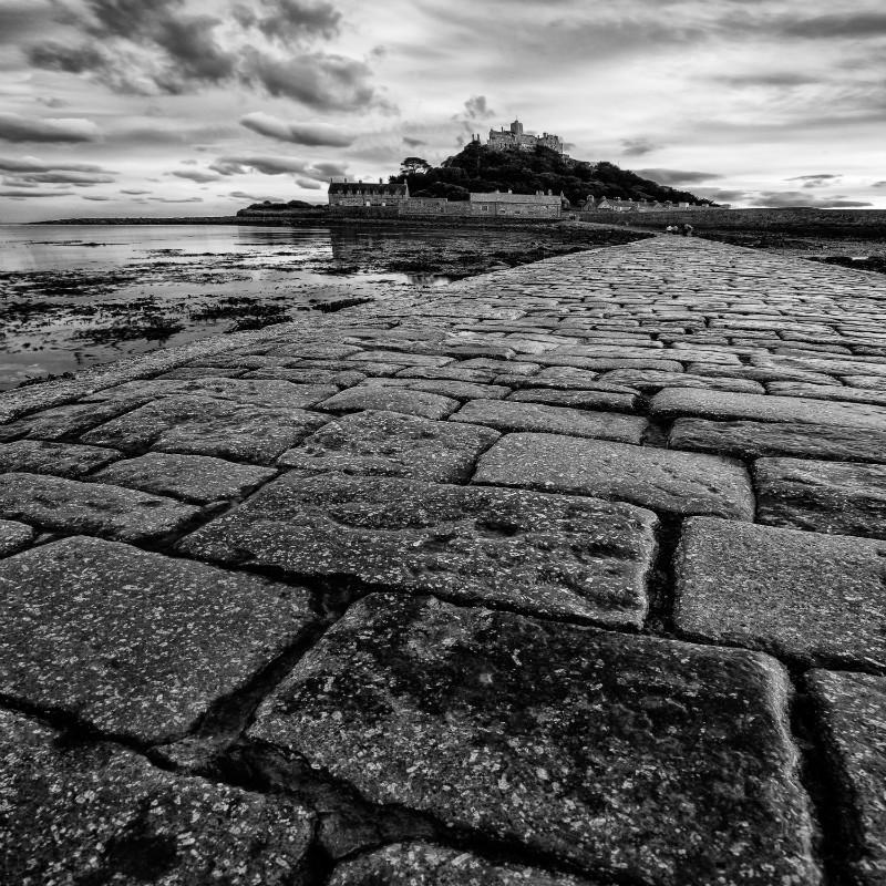 Black Path - Square minimal black & white .