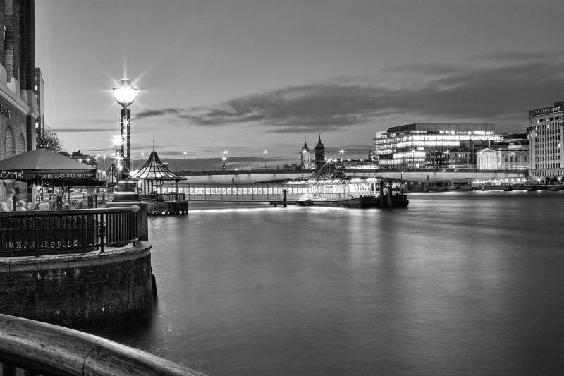 Quite Corner Mono. - London