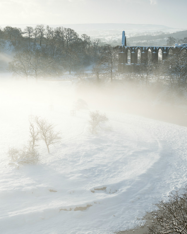 Winters veil Bolton Abbey - Yorkshire Dales