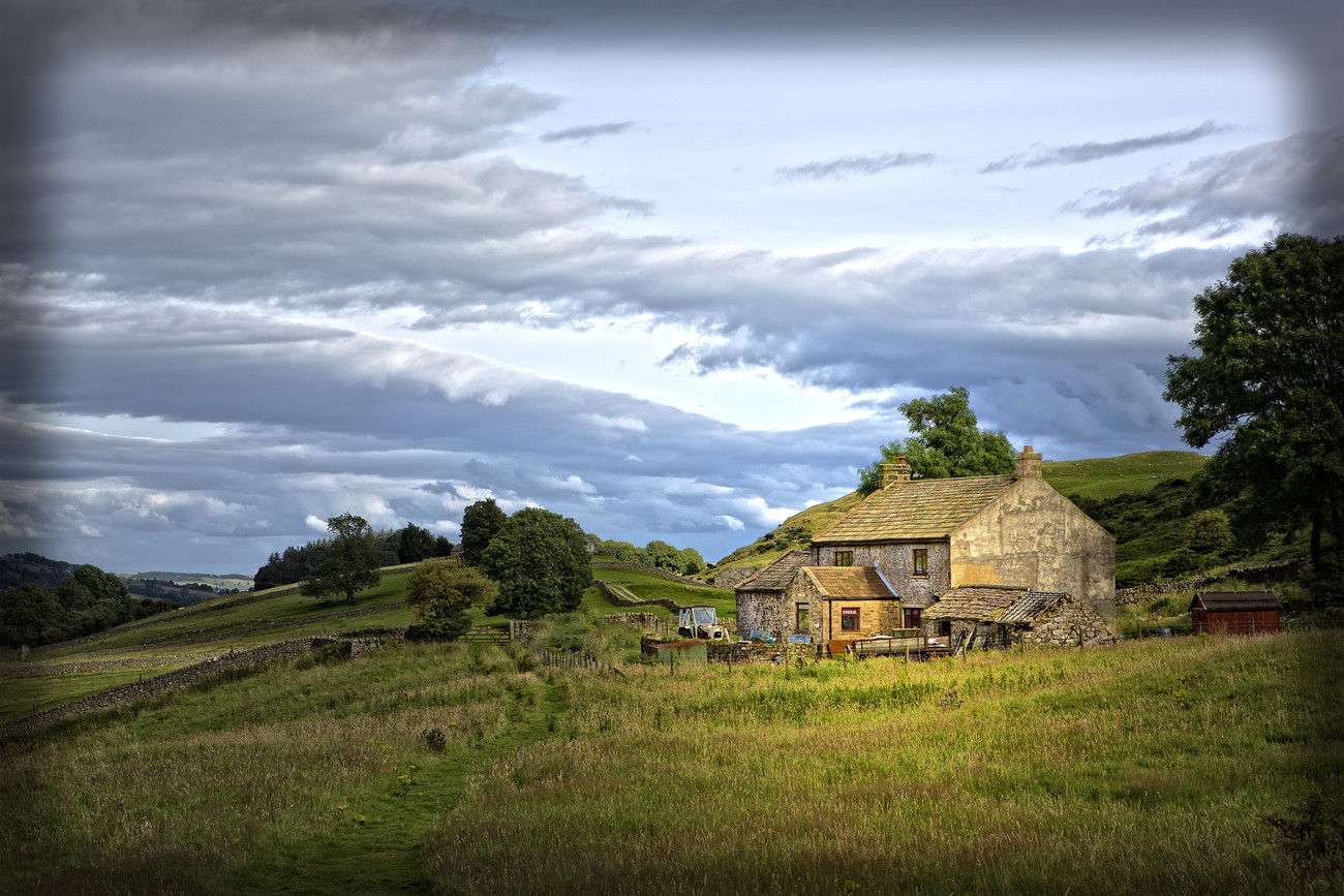 Yorkshire Farmhouse - Featured Images