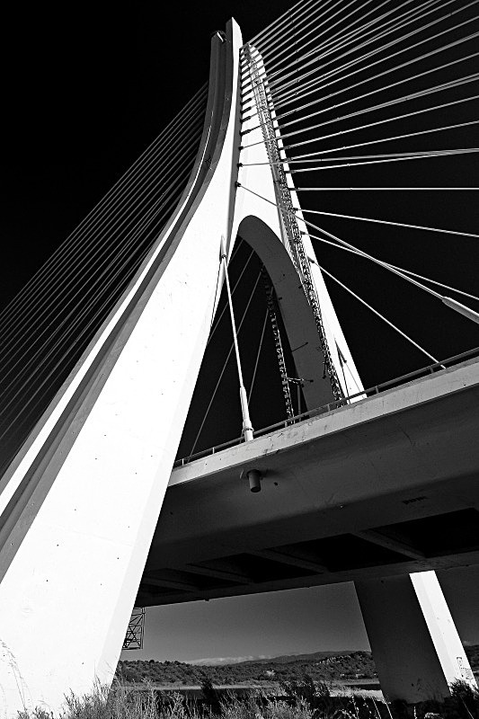 Arade Bridge - Black and White