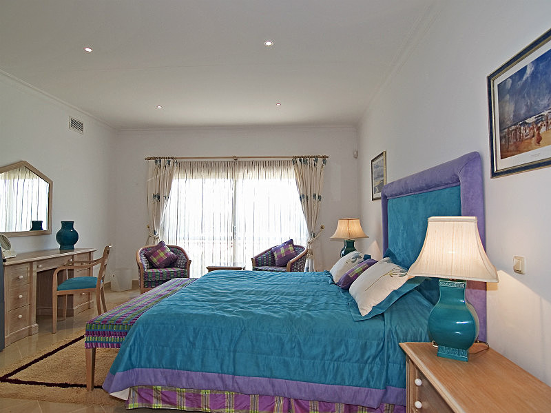 - Algarve Properties