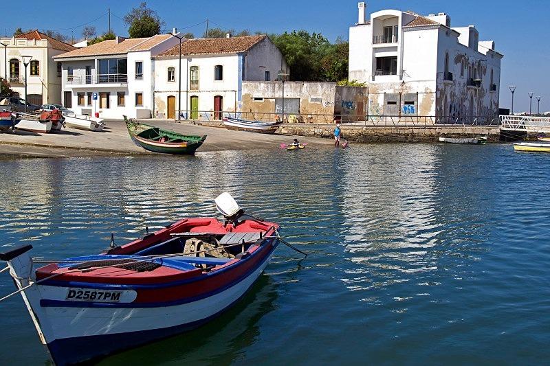 Riverside Mooring - Boats