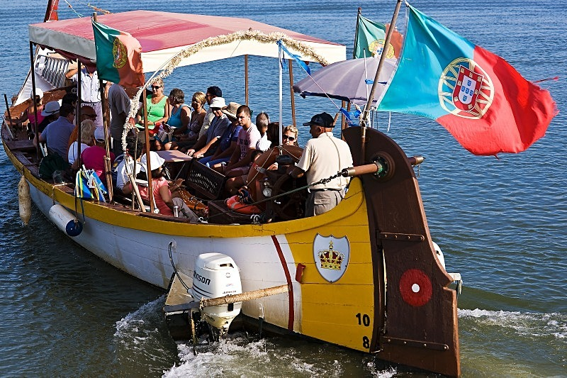 Rio Arade Excursion - Boats