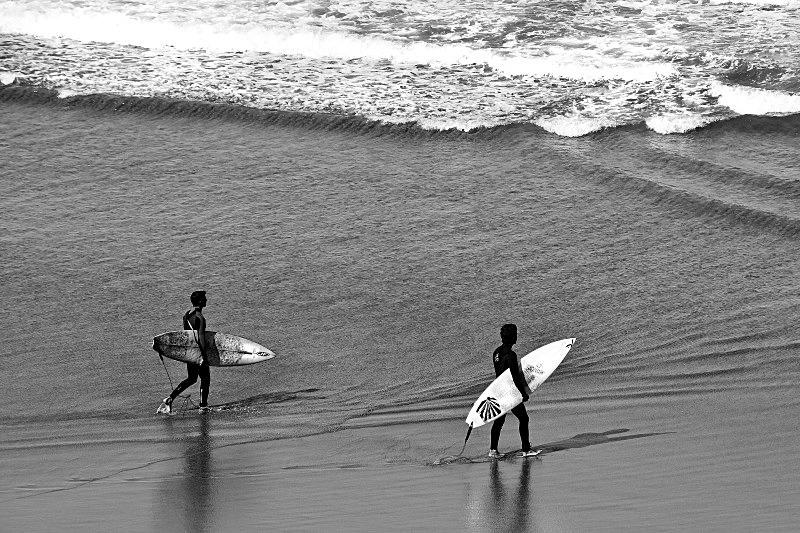 Good Surfing Day - Black and White