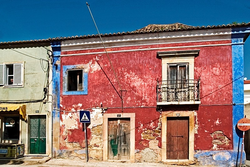 Red House-Algoz - Urban and Ancient