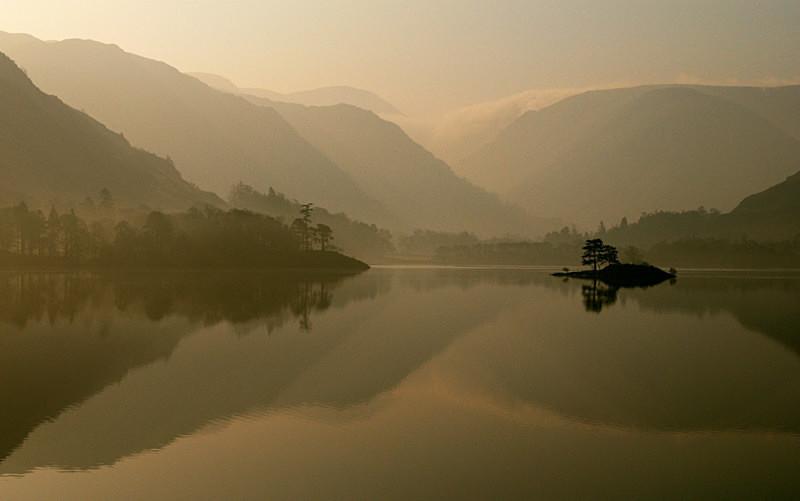 A Reflective Morning - Lakes, Tarns and Waters