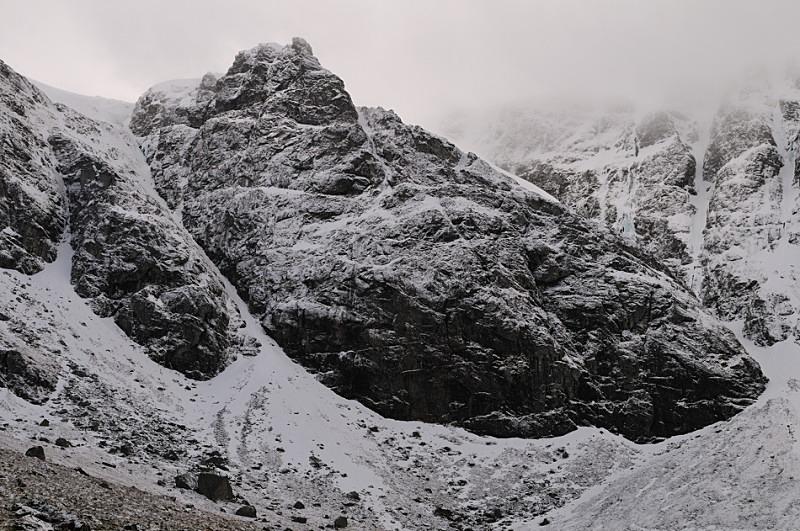 Coire Ardair Crags I - Creag Meagaidh