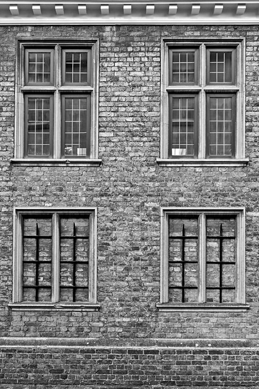 Cambridge9 - Bricked up and barred 1 of 1 - Circle 9