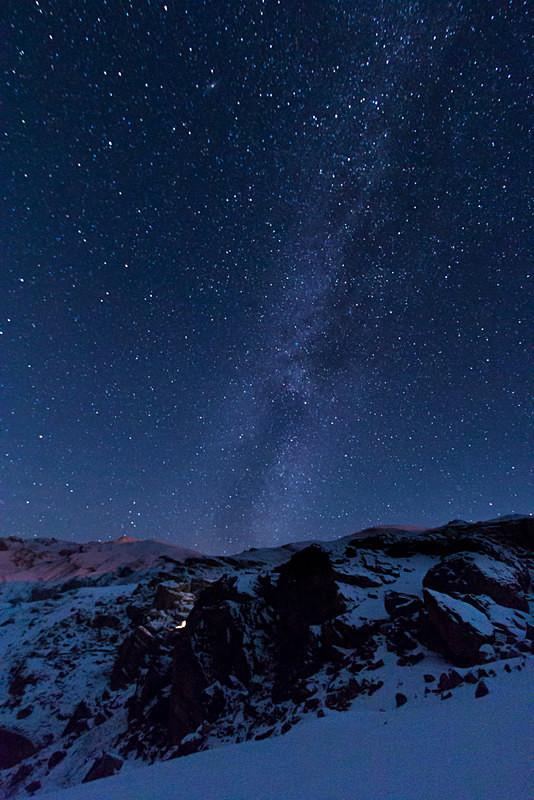 Azerbaijan winter mountain astrophotography