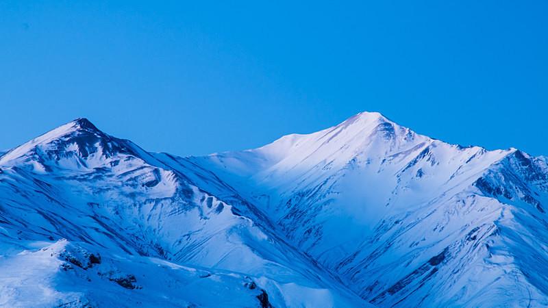 twin-peaks Azerbaijan winter mountain landscape photography