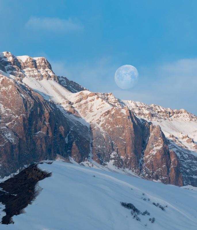 Blue Moon - Azerbaijan