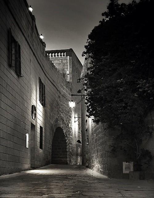 - Streets of Mdina - Stephanie Mizzi