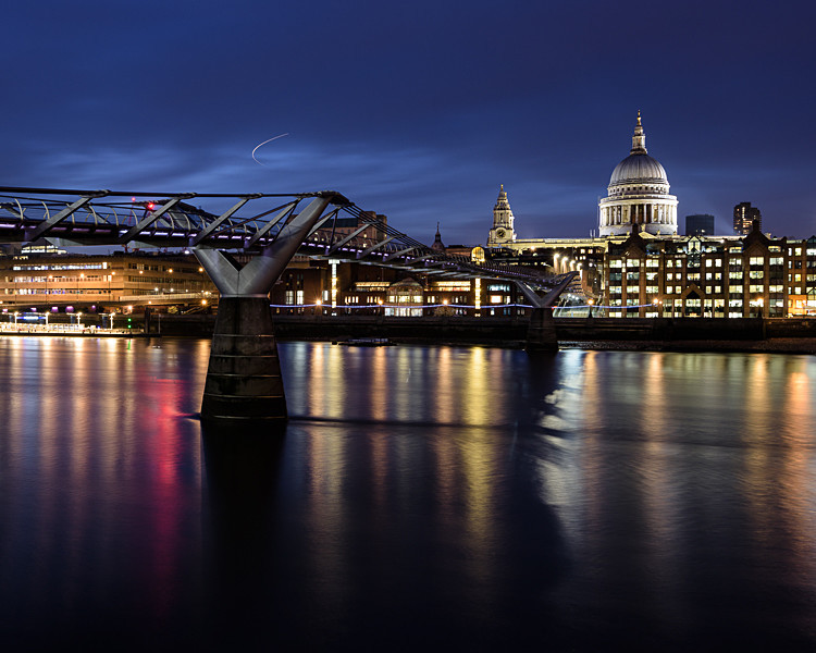 St Paul's Cathedral and the Millennium Footbridge (3) - St Paul's Cathedral