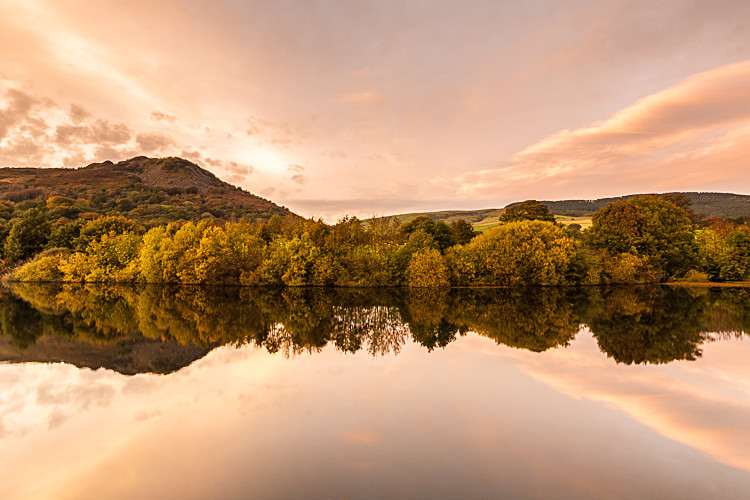 Tegg's Nose Reflections in Bottoms Reservoir (2) - The Langley Reservoirs