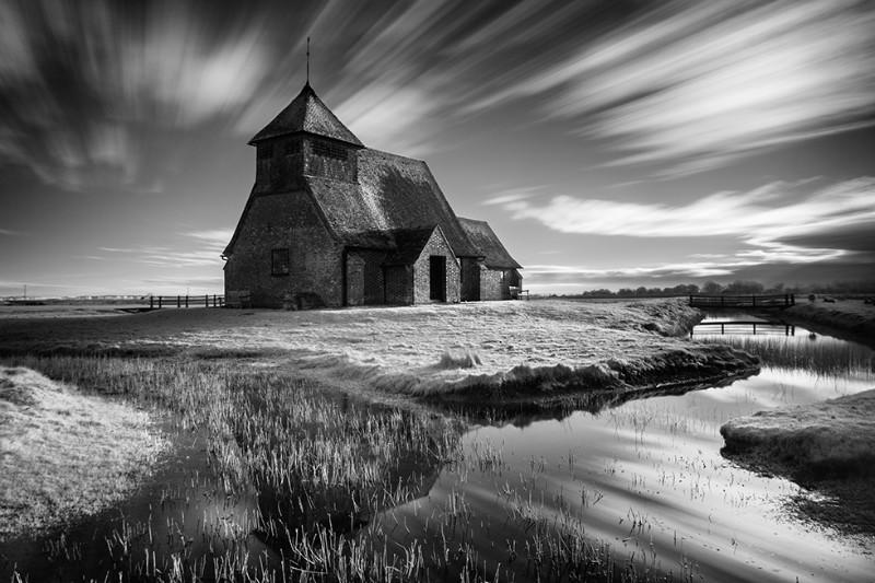 Fairfield Time Warp - Black & White