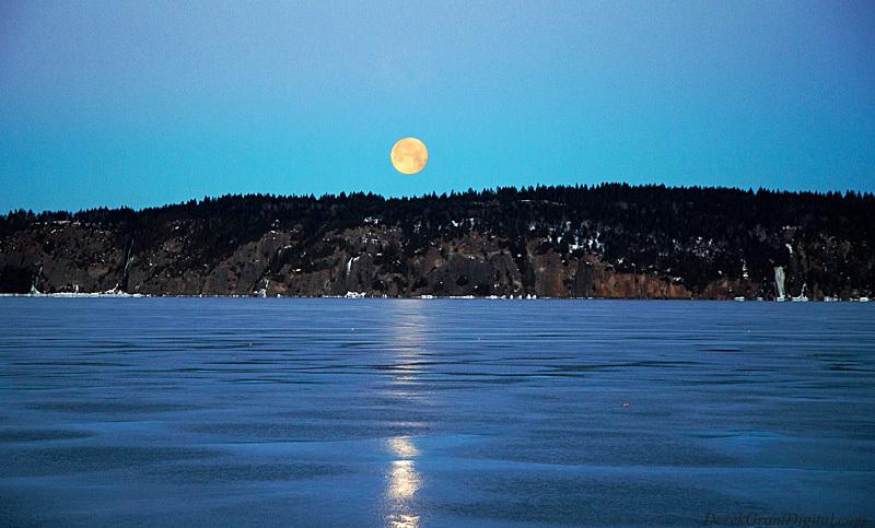 Full Moon Set - Long Island Rothesay New Brunswick - Sunset/Moonrise