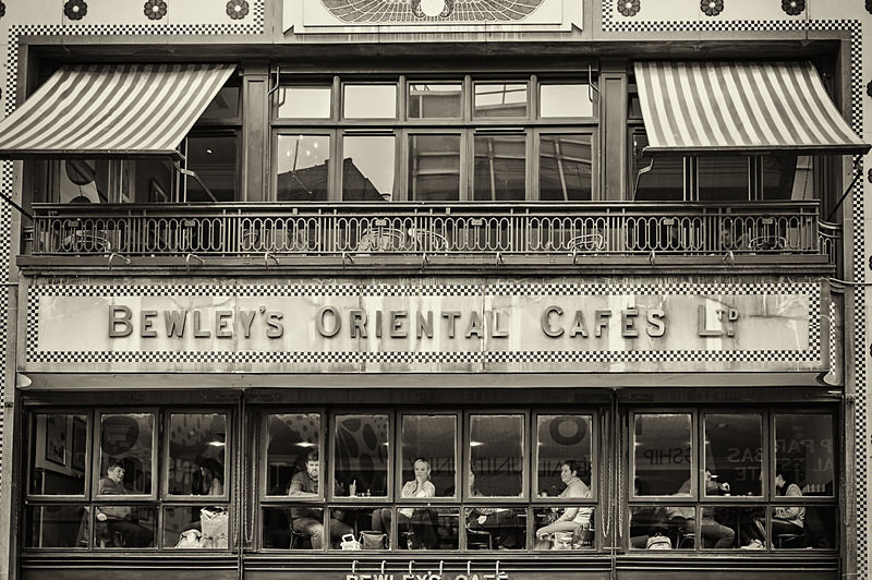 Afternoon Tea in Bewley's - STREET ~ B&W